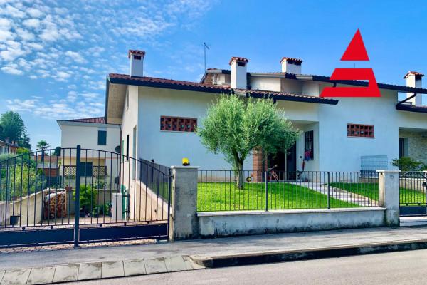 Villa Bifamiliare a Mottinello di Rossano Veneto