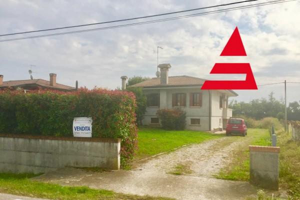 Villa singola Tutta su un piano con terreno