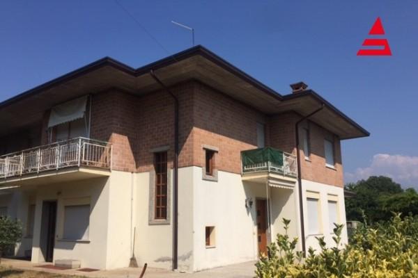 Casa + Laboratorio + Ufficio + Magazzino