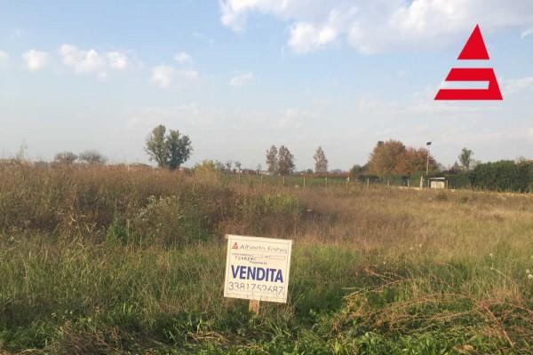 Terreno edificabile a Pozzetto (PD)