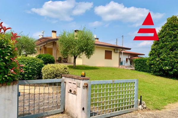 Villa singola a Belvedere di Tezze sul Brenta (VI)